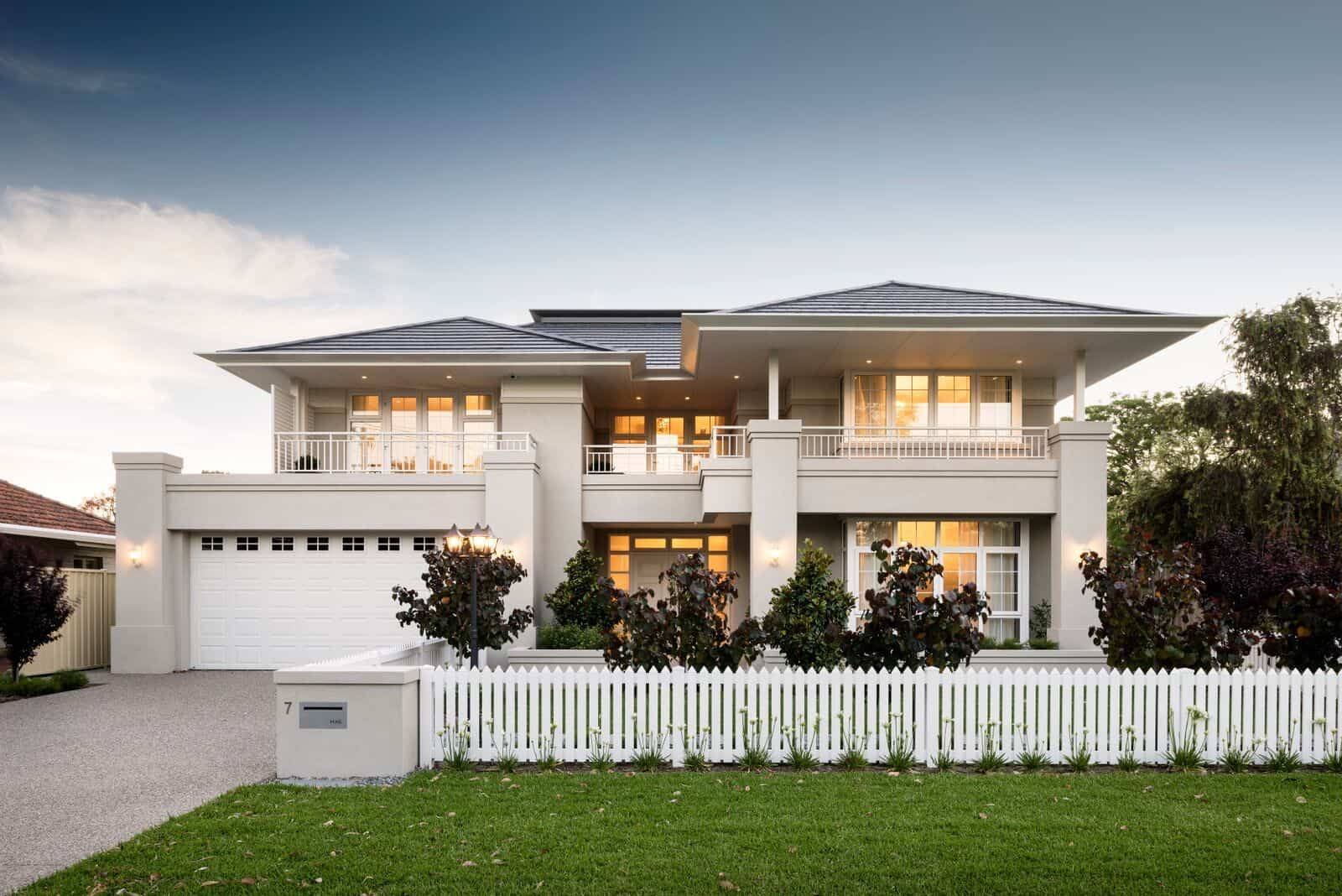 Check Out This Amazing Hamptons Style House In Floreat